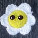 Crocheted Daisy pin